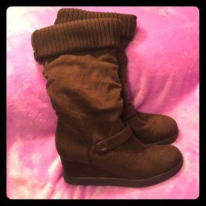 Roxy Wedge Boots